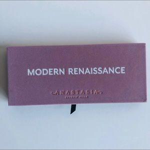 (NWOT) ABH Modern Renaissance